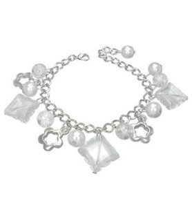 Sødt  armbånd swarovski, perler og firkløver