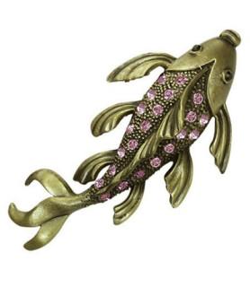 Broche designet som koi fisk