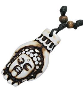 Flot halskæde med Buhdda i hånd.