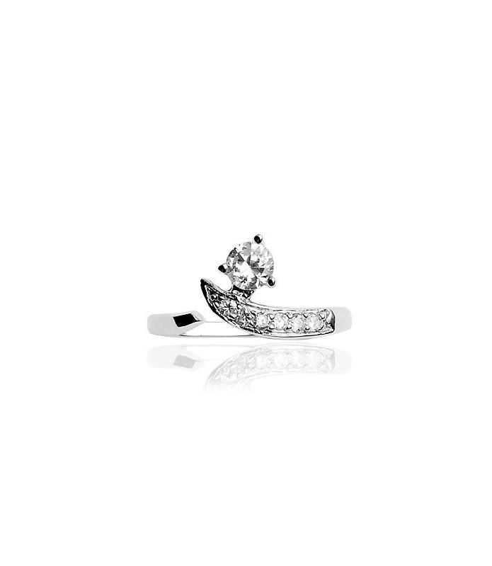 Klassisk stilfuld tåring i sølv med flot dekorativ zirconia sten.