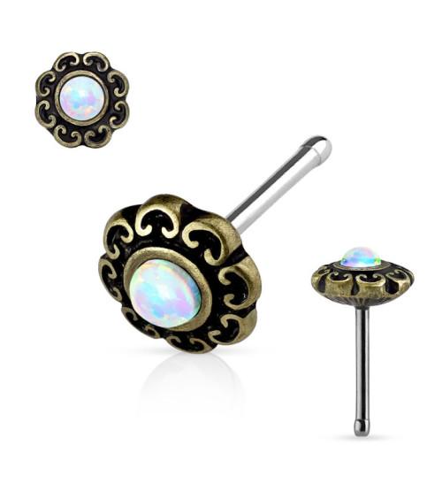 Smuk Opal næse piercing i flot Antik look